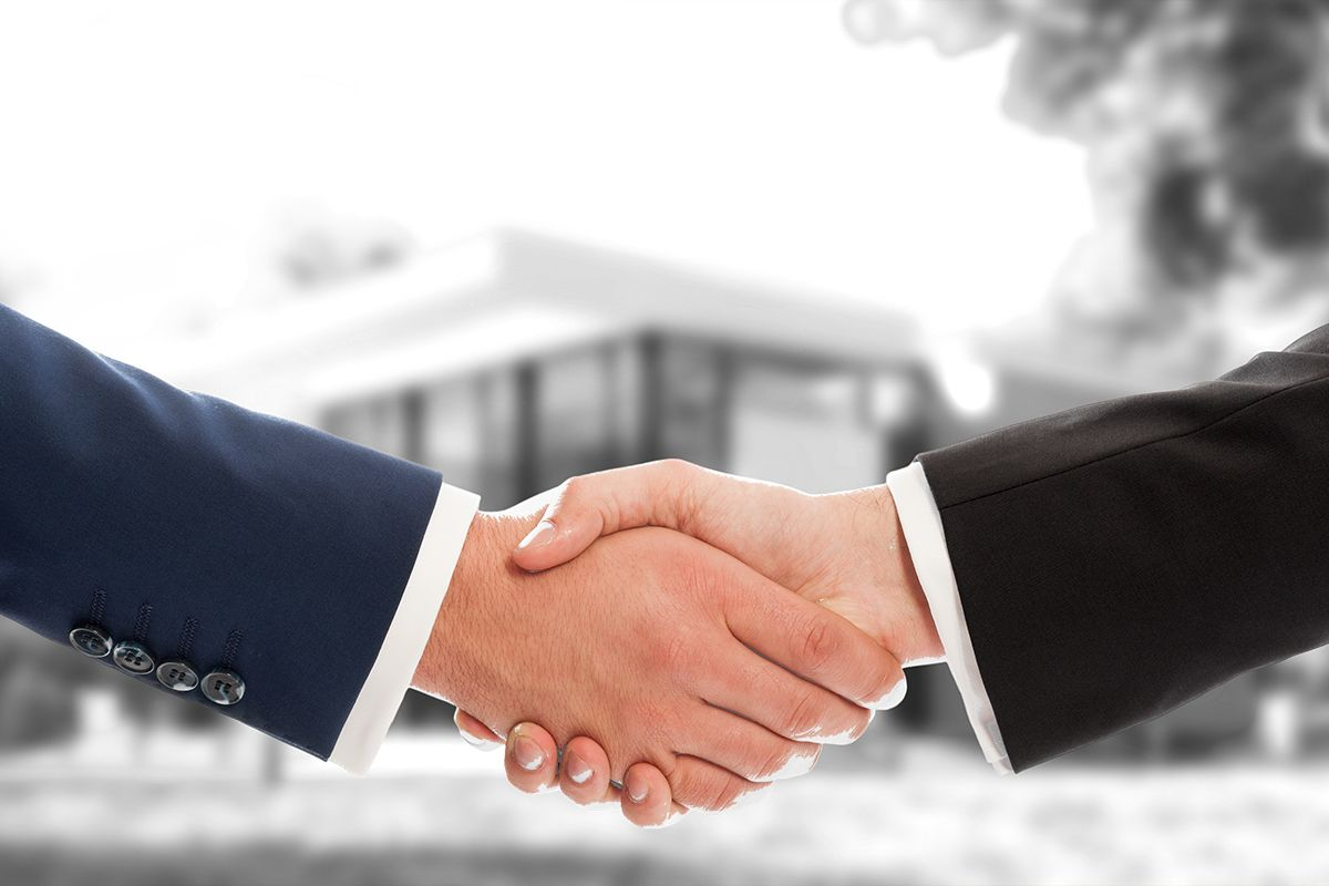 Agreeing with a Handshake on Real Estate Transaction